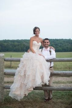 A New Country Chic Wedding photographed by Jessica Yates and coordinated by Abby Mitchell Event Planning and Design