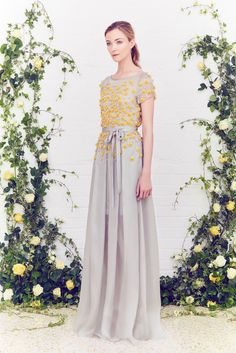 Jenny Packham Resort 2016 - Collection - Gallery - Style.com  http://www.style.com/slideshows/fashion-shows/resort-2016/jenny-packham/collection/8