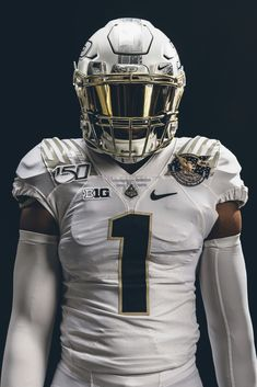 football images 2019 Perdue University Boilermakers special football uniform honoring the anniversary of NASAs Apollo 11 lunar mission. Special helmet and jersey patch celebrate Perdues astronaut alumni. College Football Uniforms, Sports Uniforms, Cool Football Helmets, Football Jerseys, Football Poses, Football Stuff, Football Images, Football Pictures, Apollo 11