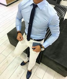 Royal Fashionsit is the best Men's Fashion Guide. Here you will find the latest trends on men's style. Get inspired with these outfits and leave your comment below. Best Mens Fashion, Mens Fashion Suits, Hipster Fashion, Men's Fashion, Moda Formal, Style Masculin, Mein Style, Herren Outfit, Mens Style Guide