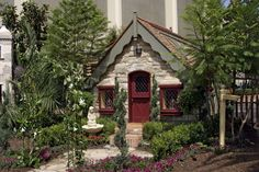 [The Royal Theater 2004] Builders: Warmington Homes. Mission: The proceeds from the 2004 playhouse auction raised money to build homes for families in Orange County through HomeAid Orange County.
