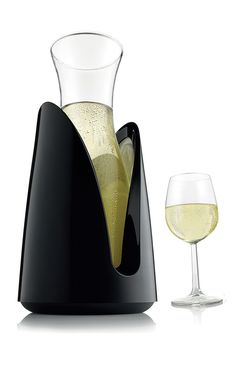 Cooling Carafe - with outer jacket to keep drinks ice cold for hours