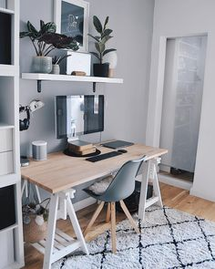 21 trendy home office table desk workspace inspiration Office Table Design, Home Office Table, Home Office Bedroom, Workspace Design, Home Office Space, Home Office Desks, Bedroom Desk, Desk Space, Appartement New York