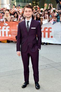 Top 18 Celebrity Purple Suit Looks - Reviews by Suit Professionals #redcarpet #red #carpet #suit #suits #tux #tuxedo #hollywood #fashion #menswear #style #purple #daniel #radcliff