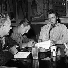 Elvis and actor Robert Wagner.