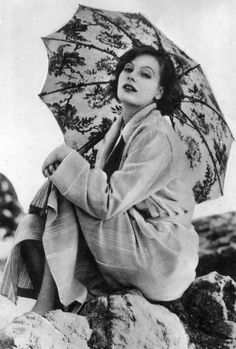 "sourvix: "" Greta Garbo, 1926 """