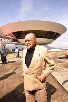 arquiteto Oscar Niemayer- Mac -Museu de Arte contemporânea Niterói, Rio de janeiro _BRASIL