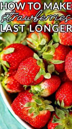 How to make strawberries last longer is a post that puts 2 popular Pinterest methods to the test. Come see which kept strawberries fresh for 3 weeks! Copycat Recipes, Crockpot Recipes, Easy Recipes, Easy Cooking, Cooking Tips, How To Store Strawberries, Storing Fruit, Kitchen Recipes, Kitchen Tips