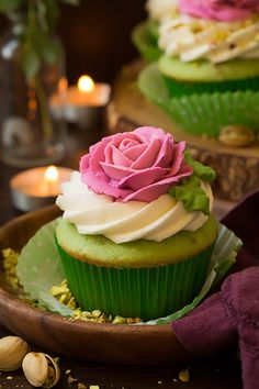 Pistachio cupcakes. See note (almond extract?). This would be for pairing with lavender coloured icing. Discuss with Thomas and Carrie.