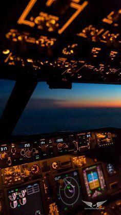 Airplane Pilot, Airplane View, Fly Around The World, Around The Worlds, Airplane Photography, Travel Photography, Pilot Career, Airplane Wallpaper, Aviation World