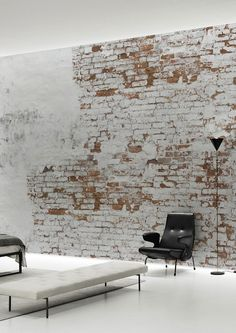 Home Design Inspiration - The Urbanist Lab - Create your own industrial wall in no time with this Plaster Brick Wall Wallpaper Mural by Behangfabriek, featuring small bricks behind white remainders of old plaster. Brick Wall Wallpaper, Look Wallpaper, Stone Wallpaper, Wallpaper Murals, Unique Wallpaper, Textured Wallpaper, Wallpaper Ideas, White Brick Walls, Exposed Brick Walls