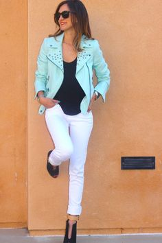 The mint jacket screams summer! Coloured Leather Jacket, Studded Leather Jacket, New Mode, Spring Summer, Blazer, Fashion Outfits, Womens Fashion, Fashion Clothes, Casual Outfits
