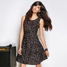 Universal Appeal Dress | http://www.youravon.com/dgrant8834