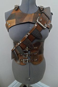 Handmade Leather cosplay costume, Rugged style leather vest, corset, and throwing knife bandelier, renaissance/medieval leather costume Leather Armor, Leather Vest, Leather Tooling, Archery Targets, Archery Arrows, Archery Hunting, Handmade Leather, Leather Craft, Thigh Bag