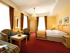 Das Hotel de Luxe in Bad Gastein Bad Gastein, Hotels, Das Hotel, I Am Bad, Bed, Furniture, Home Decor, Decoration Home, Stream Bed