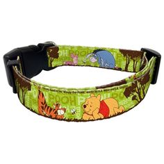 Yes we love a novelty - but at least this one is themed around a piece of classic children's literature and its most popular characters. Everyone's favourite bear of very little brain!This adorable Dog Collar features Winnie the Pooh and friends with the bright green Hundred Acre Wood setting as a background. Super cute and perfect for fans of the A.A. Milne classic.Additional information and key product features:Dog Collar with Winnie the Pooh design,Bright and bold colour palette,Polyester…