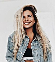 71 most popular ideas for blonde ombre hair color - Hairstyles Trends Blond Ombre, Brown Ombre Hair, Ombre Hair Color, Blonde Color, Grey Hair, Blonde Hair With Roots, Dark Roots Blonde Hair, Buttery Blonde, Beautiful Hair Color