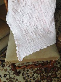 Knitting crochet blanket for infants in pink  Κουβέρτα για μωρά κεντημένη με βελονάκι Baby Blankets, Knit Crochet, Throw Pillows, Knitting, Toss Pillows, Cushions, Tricot, Decorative Pillows, Cast On Knitting