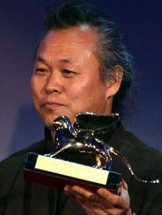 South Korean director Kim Ki-duk (김기덕)  won the Golden Lion prize at the Venice film festival