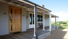 The Bloomfield Home is a Strongbuild 'Classic Country Style' Streamlined Building Project. Simons Home, Bloomfield Homes, Deck Cost, House Front Door, Front Doors, Home Insulation, Cost To Build, Facade House, House Facades
