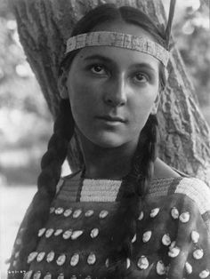 Dakota Native American woman