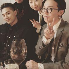 "fybig-bang: """"170304 sunnyfocus's Instagram Update with Taeyang and G-Dragon ""#dinnerandart #bigbang #gdragon #지디 #지드래곤 #태양 #pacegallery #seoul"" """
