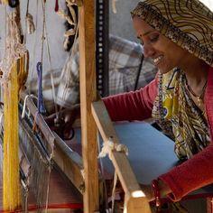#Weaver, Maya Verma #weaves a #sari. Verma is a beneficiary of #RotaryFoundation Ambassadorial Scholar Alumni, Hannah Warren's #socialenterprise, Jhoole. Jhoole is an #ecofashion, #nonprofit #business designed to break the cycle of chronic #poverty by employing #women.  Rotary International/Alyce Henson #empoweringwomen #rotaryimages #rotaryinternational #India #economicdevelopment #educategirls