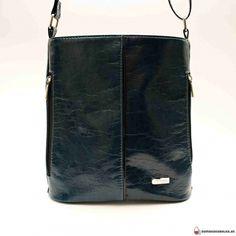 Bags, Fashion, Handbags, Moda, Fashion Styles, Fashion Illustrations, Bag, Totes, Hand Bags