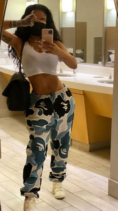 Cute Swag Outfits, Chill Outfits, Cute Comfy Outfits, Dope Outfits, Teen Fashion Outfits, Retro Outfits, Trendy Outfits, Tomboy Fashion, Streetwear Fashion
