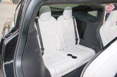 2016-Tesla-Model-X-interior-third-row-seat