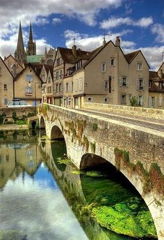 FRANCE - Chartres.