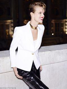 Eva Herzigova gold collar