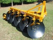 Arados - AFL - Arado Fixo Leve - Regulagens simplificadas - Estrutura tubular - Roda guia - Rolamentos cônicos - Opcional: roda de profundidade