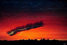Fallstreak: Supercool cloud.