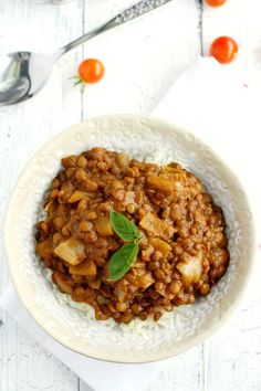 Slow Cooker Lentil Curry - Lentils slow cooked in a rich coconut cream sauce - this simple recipe is perfect for chilly days!