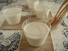 ぷるぷる濃厚♪ココナッツミルクプリン Sweets Recipes, Desserts, Japanese Sweets, Glass Of Milk, Tea Time, Mousse, Jelly, Panna Cotta, Food And Drink