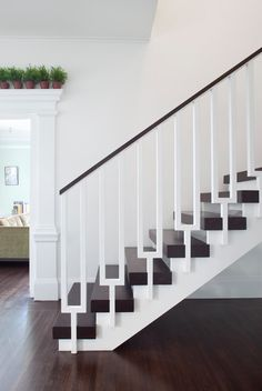 Love the pots over the door frame. Painted Wood Stairs Design, Pictures, Remodel, Decor and Ideas - page 10 Staircase Spindles, Modern Stair Railing, Stair Railing Design, Modern Stairs, Banisters, Staircase Ideas, Banister Ideas, Staircase Metal, White Staircase