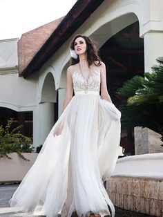 Summer Wedding Dresses - Beach Wedding Dresses | Wedding Planning, Ideas & Etiquette | Bridal Guide Magazine