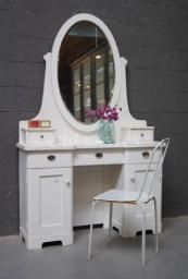 1000 images about accessoires voor onze woning on for Ikea dressing table hemnes