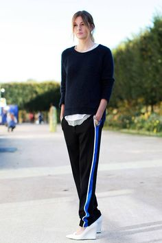 School Tracksuit Pants 街拍新潮流:快把學生時期運動褲挖出來!   Popbee - 線上時尚生活雜誌