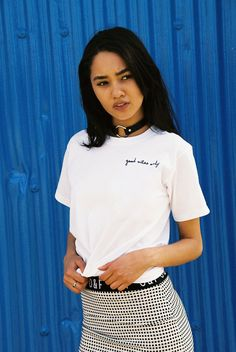 Good vibes only T-shirt from Olive&Frank Liverpool now on lokalshirt.com