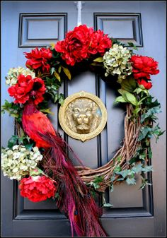 Harris Sisters GirlTalk: Winter/ Valentine's Wreath: Decorating your Front Door for the Wintertime Blues