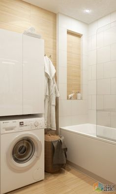 Санузел в квартире раздельный. В ванной расположилась компактная ванная, раковина с зоной для хранения, стиральная машина.