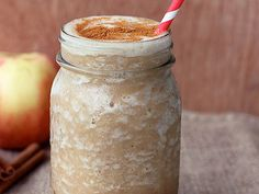 PALEO APPLE PIE SMOOTHIE RECIPE: yum! I sprinkled nutmeg on top of the drink. The recipe makes enough for 2. #paleo