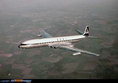 G-APDA: (c/n 6401)BOAC ordered 19 of these Comet 4s and this the first G-APDA first flew on 27 April 1958