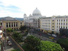 Centro historico San Salvador...?... A A
