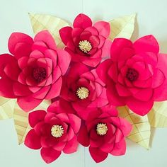 3D Paper Flower DIY Wall Decor - Giant Paper flower Wall art- Living room decor ideas- DIY 3D wall paper art