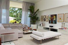 Portfólio Aline Cangussú - Casa Vogue |  Modern Living Room