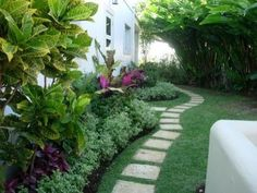 tropical landscaping ideas for the side of the house - tropical garden ideas Tropical Backyard Landscaping, Landscaping With Rocks, Landscaping Ideas, Tropical Pool, Tropical Gardens, Tropical Style, Miami Beach, Landscape Design Plans, Cool Pools