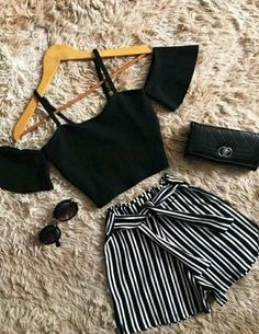 Pin by hayden eve on outfits in 2019 подростковая одежда, ко Teenage Outfits, Teen Fashion Outfits, Mode Outfits, Girl Outfits, Womens Fashion, High Fashion, Fashion Trends, Feminine Fashion, Fashion Fashion